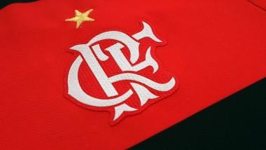 """Flamengo divulga peneiras de 2017 para alunos das """"escolinhas do Fla""""!"""